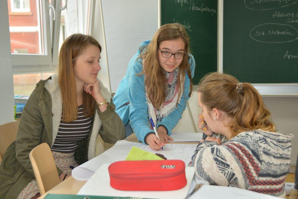 Thologisch-pädagogische Ausbildung